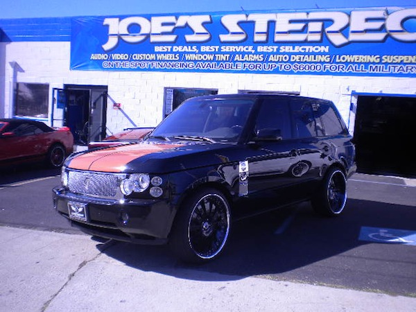 range rover with custom paint job