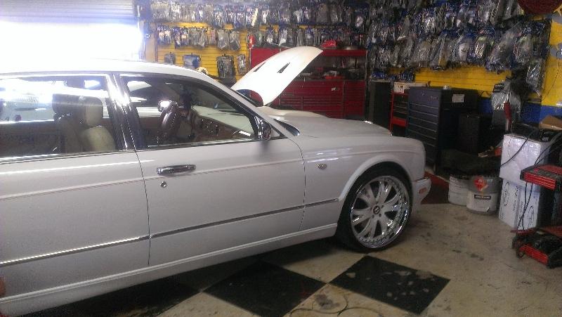 Bentley Arnage Red Label W Custom Wheels Joe S Stereo
